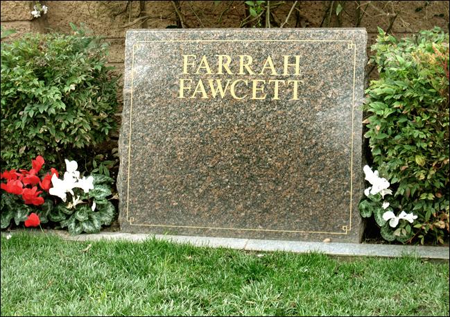 FarrahFawcett1 grave